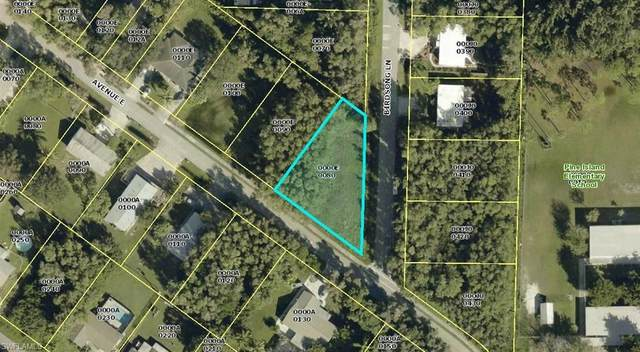 5414 Avenue E, Bokeelia, FL 33922 (MLS #220053391) :: Premier Home Experts