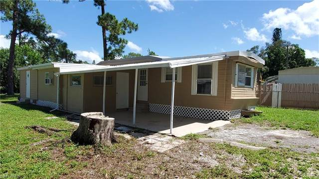 2250 Griffin Lane, North Fort Myers, FL 33917 (#220055048) :: Jason Schiering, PA