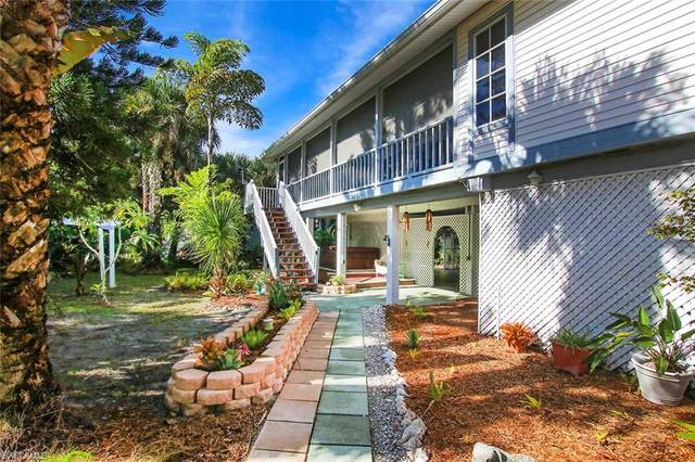 555 Rabbit Road, Sanibel, FL 33957 (MLS #220055157) :: Clausen Properties, Inc.
