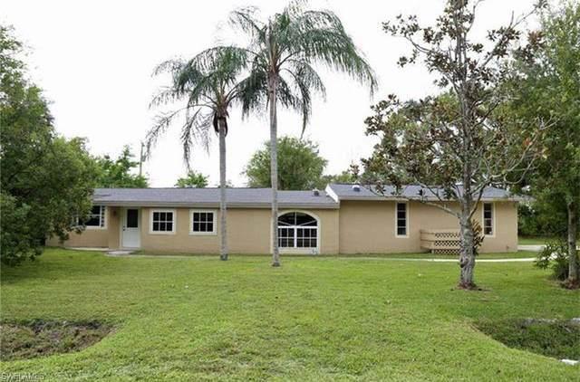 355 Park Lane Drive W, North Fort Myers, FL 33917 (#220055291) :: The Dellatorè Real Estate Group