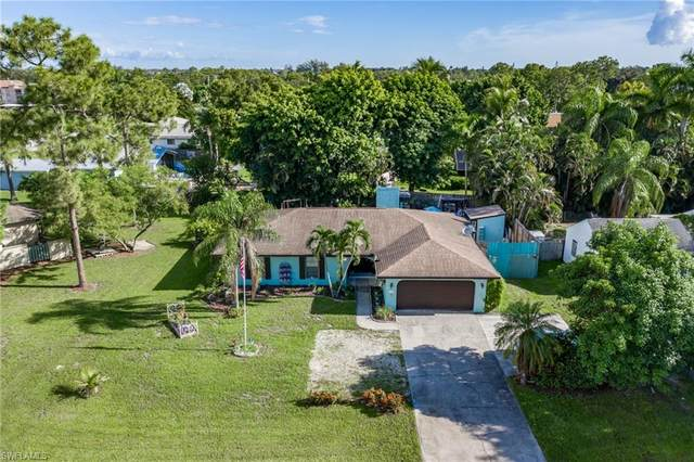 2197 Crystal Drive, Fort Myers, FL 33907 (#220055536) :: The Dellatorè Real Estate Group