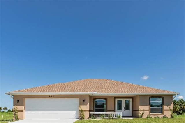 749 Mirror Lakes Drive, Lehigh Acres, FL 33974 (#220055604) :: Southwest Florida R.E. Group Inc