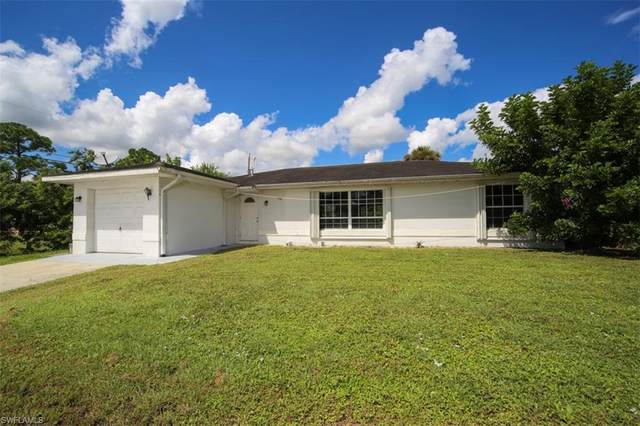 305 E 5th Street, Lehigh Acres, FL 33972 (#220055609) :: Vincent Napoleon Luxury Real Estate