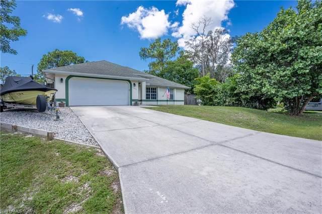 18464 Sunflower Road, Fort Myers, FL 33967 (MLS #220055796) :: Florida Homestar Team