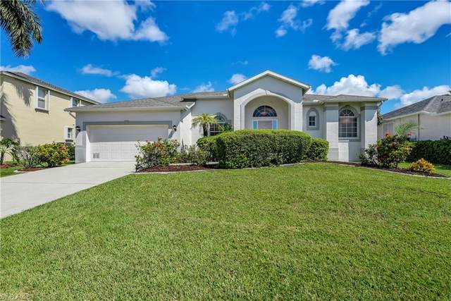 8924 Wellington Lakes Court, Fort Myers, FL 33908 (MLS #220056290) :: Clausen Properties, Inc.