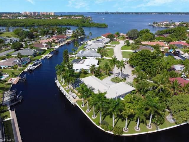 906 Jennifer Lane, Fort Myers, FL 33919 (MLS #220057869) :: Florida Homestar Team