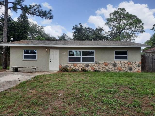 9026 Somerset Lane, Bonita Springs, FL 34135 (MLS #220057951) :: RE/MAX Realty Group