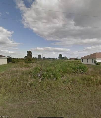 345 Parish Avenue, Lehigh Acres, FL 33974 (#220058580) :: Southwest Florida R.E. Group Inc
