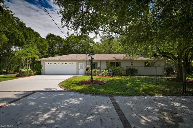 353 W Mariana Avenue, North Fort Myers, FL 33903 (#220058637) :: Caine Premier Properties