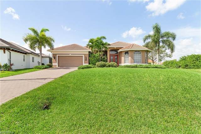 3815 NW 14th Street, Cape Coral, FL 33993 (#220058895) :: Caine Premier Properties