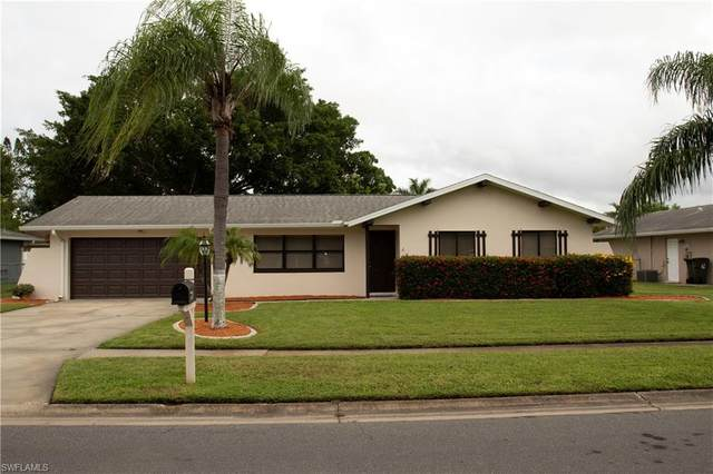 1499 Cambridge Lane, Fort Myers, FL 33919 (MLS #220059014) :: RE/MAX Realty Group