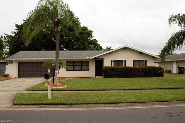 1499 Cambridge Lane, Fort Myers, FL 33919 (#220059014) :: Jason Schiering, PA