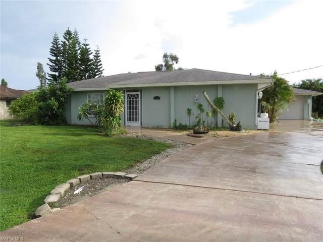 7612 Laurel Valley Road, Fort Myers, FL 33967 (#220059036) :: Caine Premier Properties