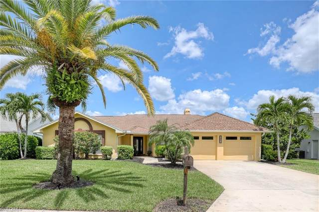 947 Deep Lagoon Lane, Fort Myers, FL 33919 (#220059060) :: Southwest Florida R.E. Group Inc