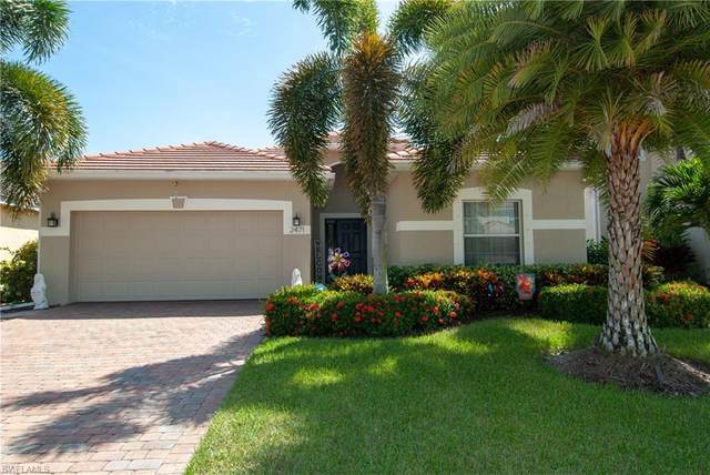 2471 Blackburn Circle, Cape Coral, FL 33991 (MLS #220059292) :: Florida Homestar Team