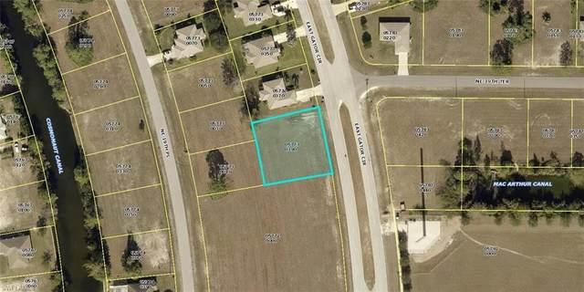 3914 E Gator Circle, Cape Coral, FL 33909 (#220059442) :: The Dellatorè Real Estate Group