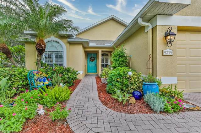 9219 Palm Island Circle, North Fort Myers, FL 33903 (#220059531) :: The Dellatorè Real Estate Group