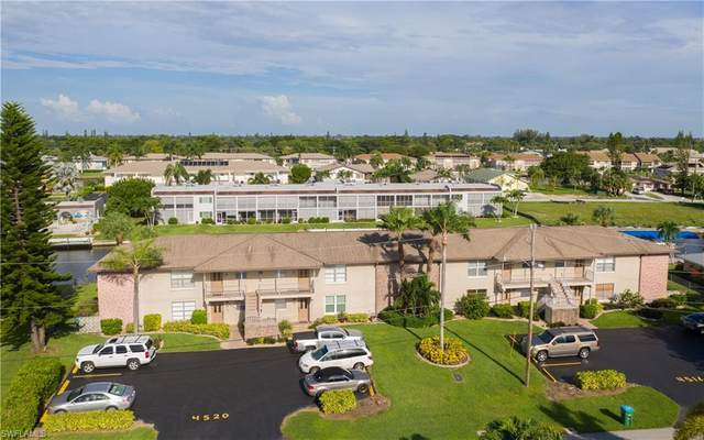 4520 SE 6th Place 1A, Cape Coral, FL 33904 (#220059641) :: The Dellatorè Real Estate Group