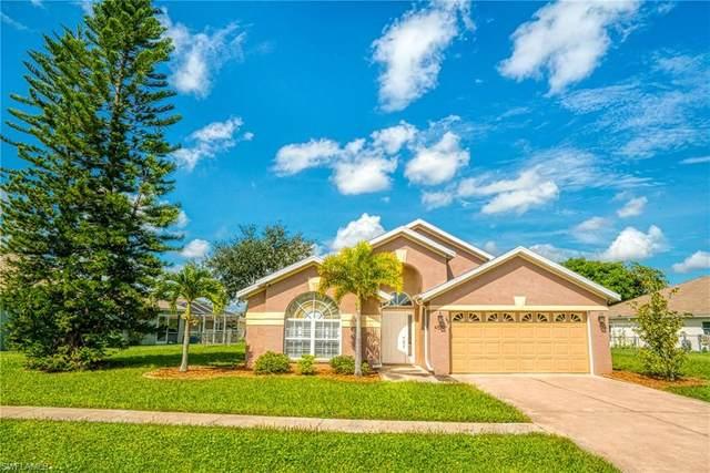 4519 Varsity Circle, Lehigh Acres, FL 33971 (#220059877) :: Caine Premier Properties