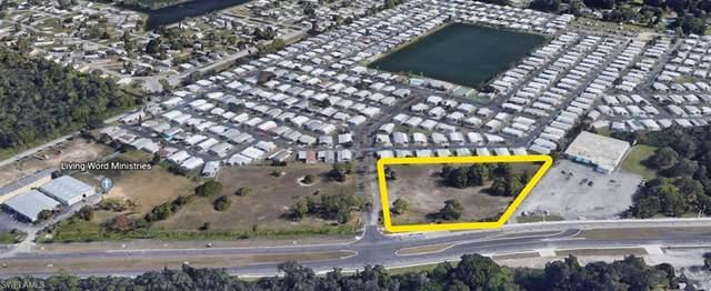 2830 N Tamiami Trail, North Fort Myers, FL 33903 (#220060003) :: The Dellatorè Real Estate Group
