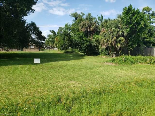13318 5th Street, Fort Myers, FL 33905 (MLS #220060079) :: Florida Homestar Team