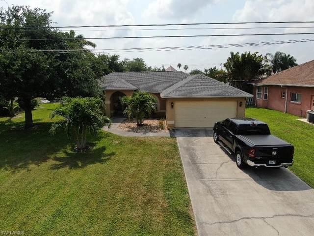 2314 SE 18th Avenue, Cape Coral, FL 33990 (#220060445) :: Caine Premier Properties
