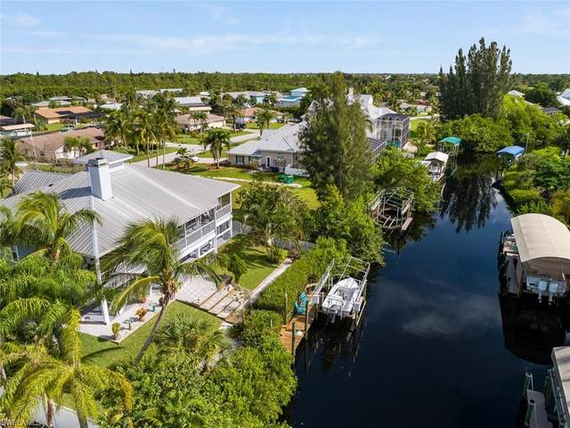 6469 Cocos Drive, Fort Myers, FL 33908 (#220060576) :: The Dellatorè Real Estate Group
