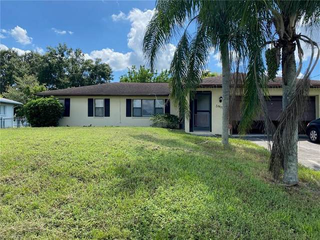 3905 7th Street W, Lehigh Acres, FL 33971 (#220060650) :: The Dellatorè Real Estate Group