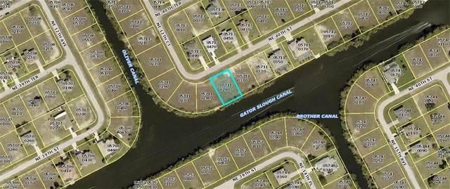 1218 NE 40th Street, Cape Coral, FL 33909 (MLS #220060708) :: Premier Home Experts