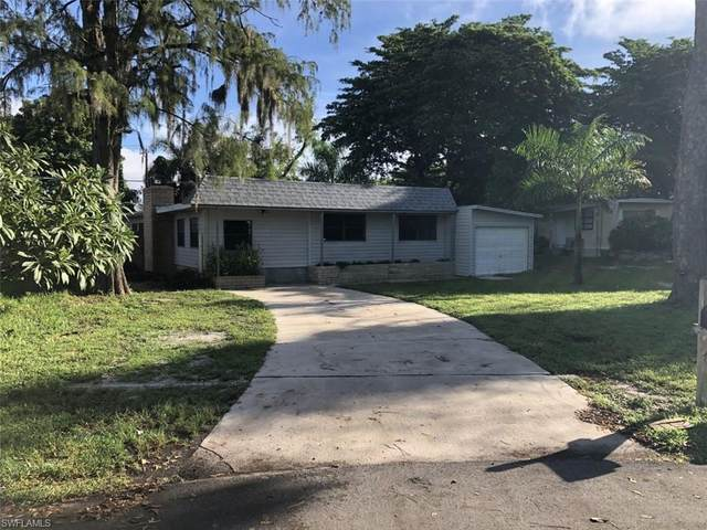 2105 Flowers Drive, Fort Myers, FL 33907 (MLS #220061078) :: RE/MAX Realty Group
