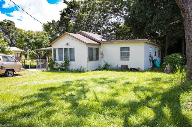 206 Maria Street, Fort Myers, FL 33916 (MLS #220061402) :: RE/MAX Realty Group