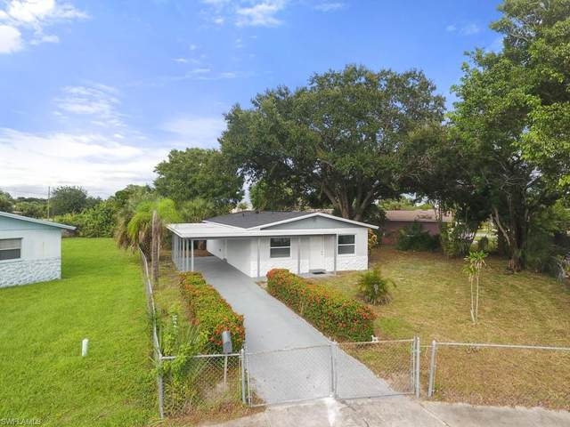3 W Clermont Court, Fort Myers, FL 33916 (MLS #220061463) :: NextHome Advisors