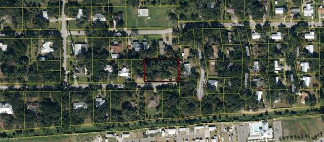 8th Avenue, Labelle, FL 33935 (MLS #220061740) :: Clausen Properties, Inc.