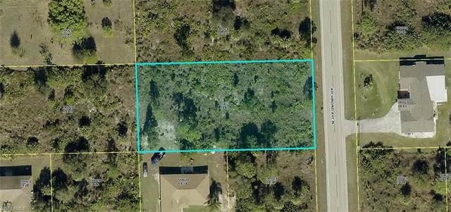 903 Richmond Avenue N, Lehigh Acres, FL 33972 (#220061994) :: Southwest Florida R.E. Group Inc