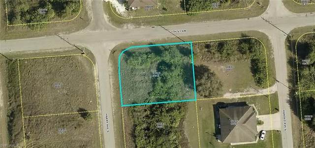 701/703 Harry Avenue S, Lehigh Acres, FL 33973 (#220062020) :: Southwest Florida R.E. Group Inc