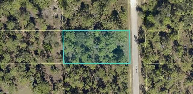 1719 Lake Avenue, Lehigh Acres, FL 33972 (#220062024) :: The Dellatorè Real Estate Group