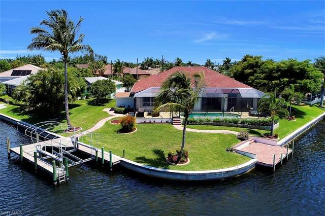 4006 SW 29th Avenue, Cape Coral, FL 33914 (MLS #220062071) :: Uptown Property Services