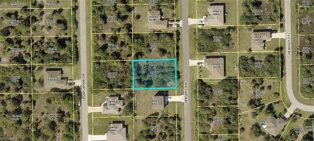 6141 Hershey Avenue, Fort Myers, FL 33905 (#220062661) :: The Dellatorè Real Estate Group