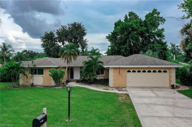 1358 Oaklawn Court, Fort Myers, FL 33919 (#220062827) :: The Dellatorè Real Estate Group
