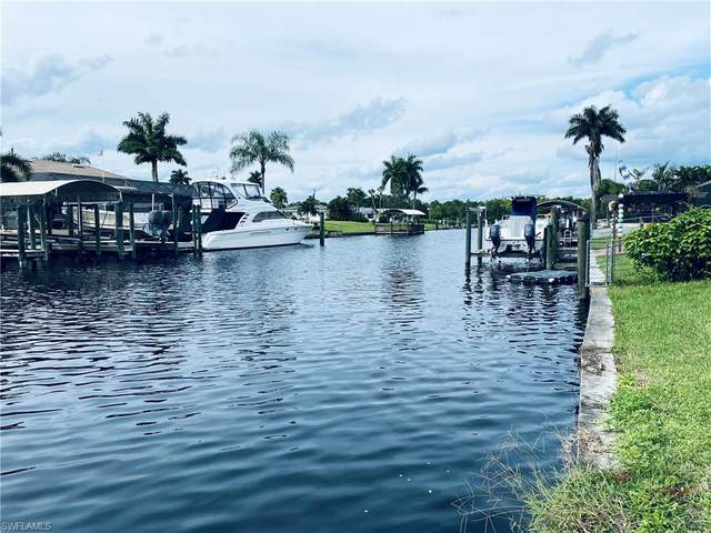 2211 Isle Of Pines Avenue, Fort Myers, FL 33905 (#220063120) :: The Dellatorè Real Estate Group