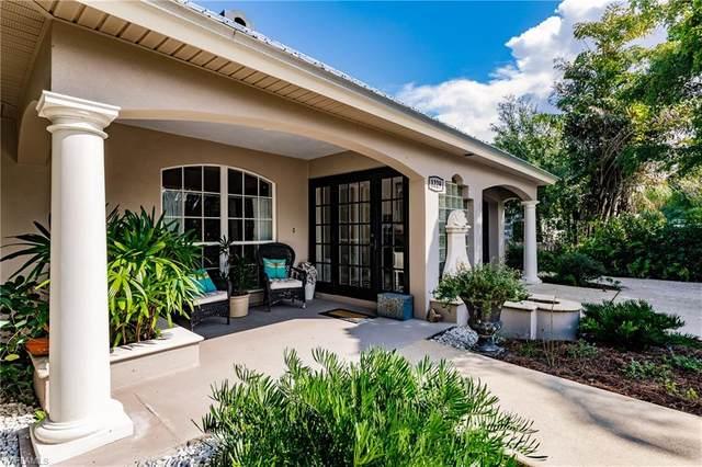 1229 Vesper Drive, Fort Myers, FL 33901 (#220063379) :: The Dellatorè Real Estate Group