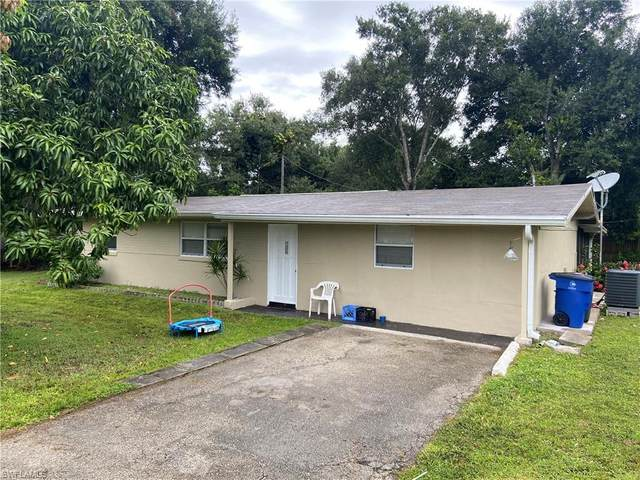 North Fort Myers, FL 33903 :: The Dellatorè Real Estate Group