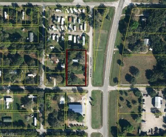 1425 N Bridge Street, Labelle, FL 33935 (MLS #220063872) :: Eric Grainger | Engel & Volkers