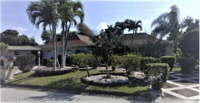 5089 Northampton Drive, Fort Myers, FL 33919 (#220063928) :: The Dellatorè Real Estate Group