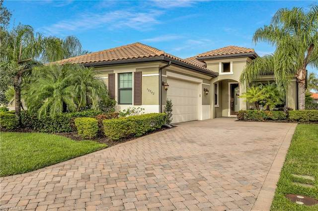 10242 Ashbrook Court, Fort Myers, FL 33913 (#220064222) :: The Dellatorè Real Estate Group