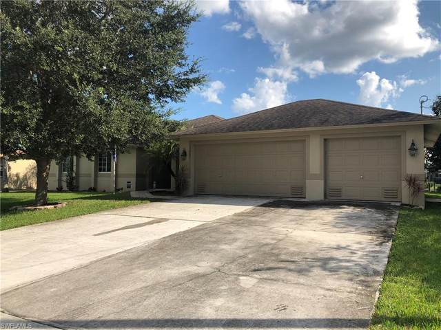 13867 Lazy Lane, Fort Myers, FL 33905 (MLS #220064846) :: Domain Realty