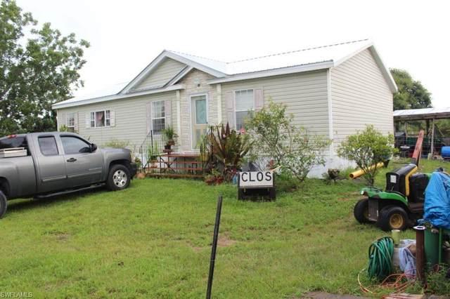 535 N Coral Street, Clewiston, FL 33440 (#220065224) :: The Dellatorè Real Estate Group