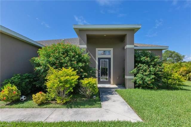2606 SW Santa Barbara Place, Cape Coral, FL 33914 (MLS #220065508) :: Team Swanbeck