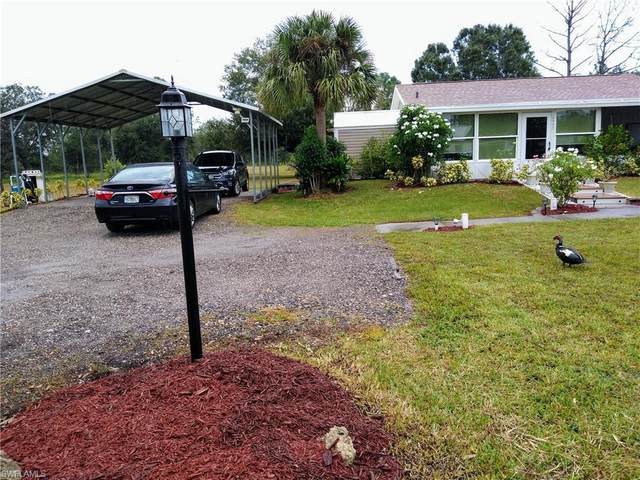 2550 Phillips Road, Labelle, FL 33935 (#220065518) :: The Dellatorè Real Estate Group