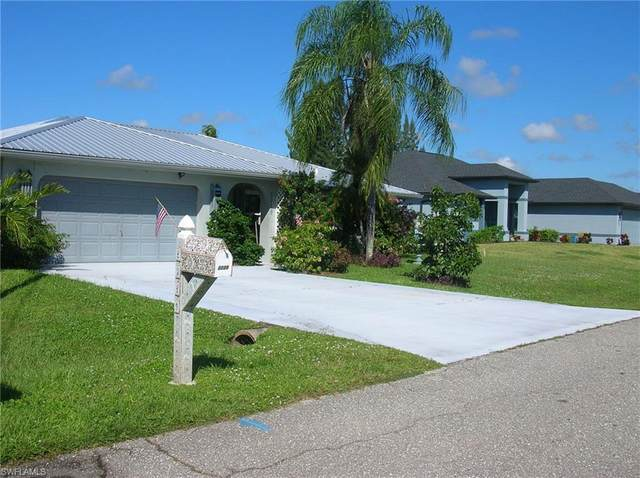 2229 Santiago Avenue, Fort Myers, FL 33905 (MLS #220065800) :: Kris Asquith's Diamond Coastal Group